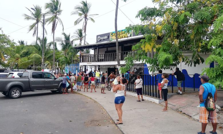 Photo of Empresas privadas donan alimentos para familias porteñas