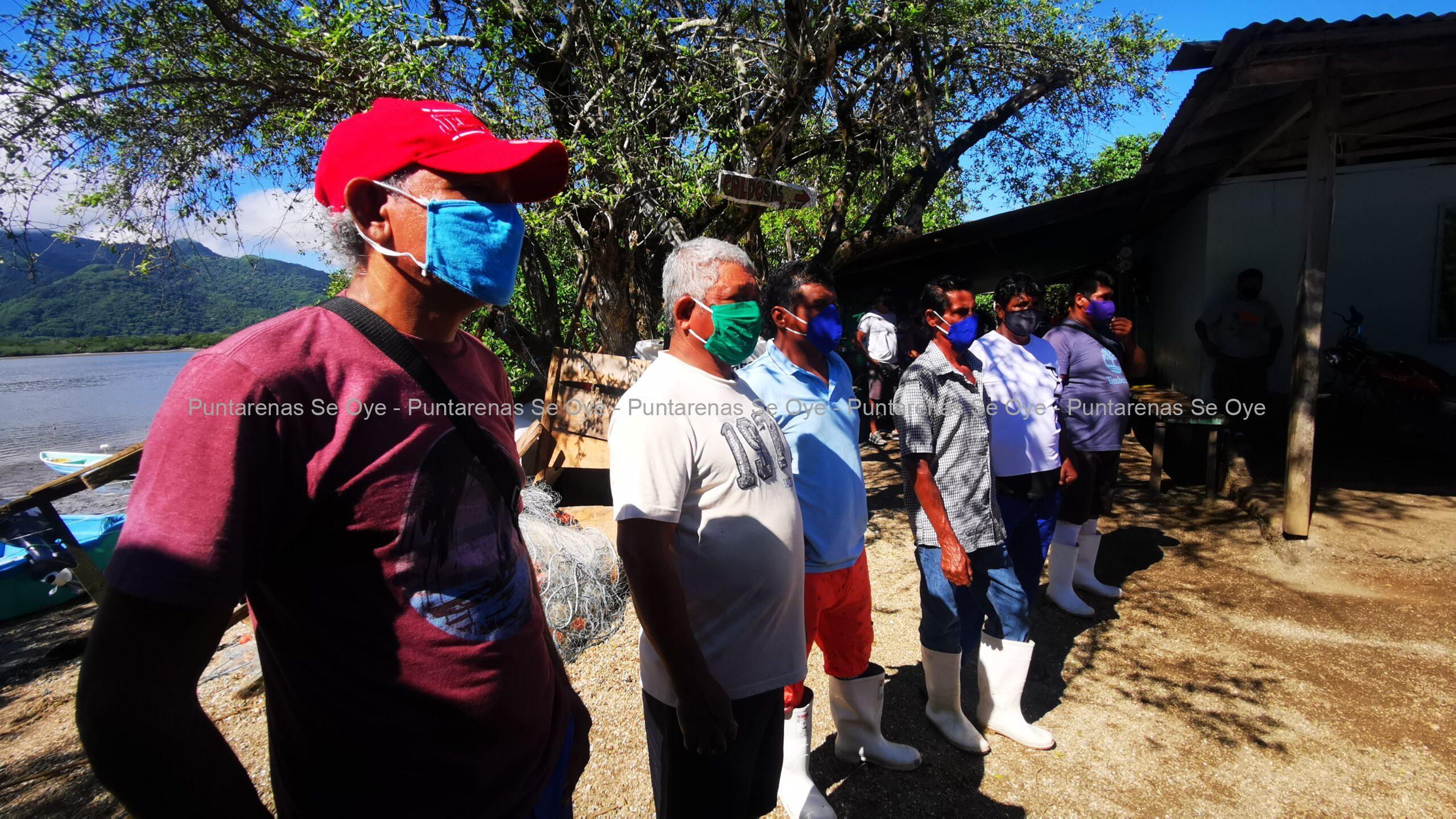Photo of Pescadores de Isla Venado reciben motores