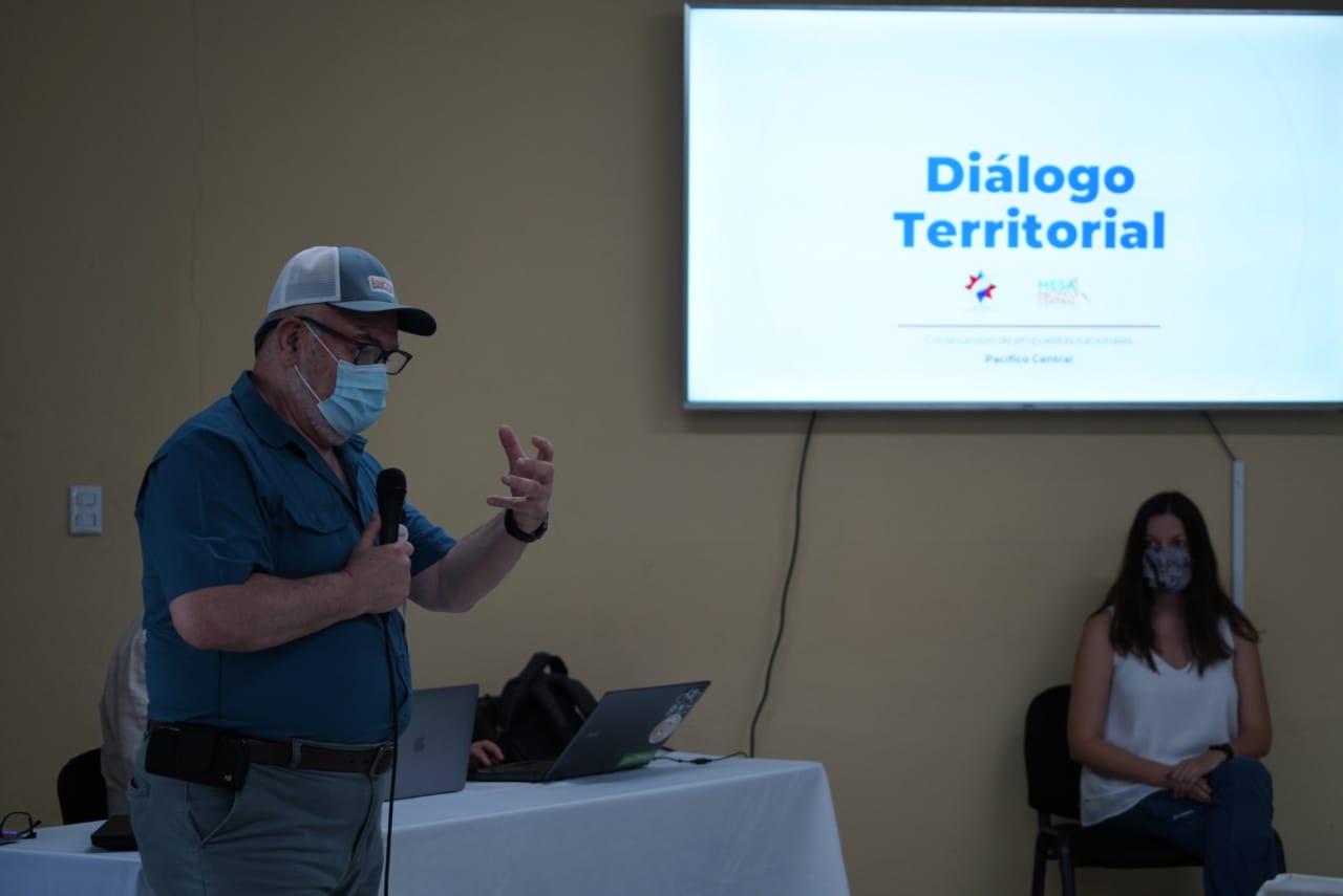 Photo of Gobierno realizó mesa de dialogo en Orotina, San Mateo, Esparza, Montes de Oro y Monteverde
