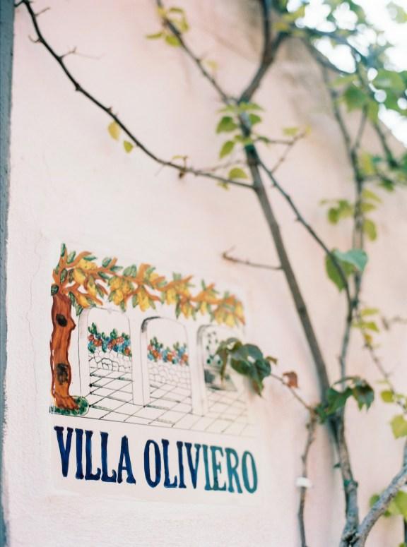 Villa Oliviero's entrace