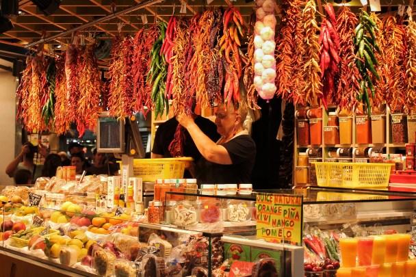 Spezie al mercato La Boqueria
