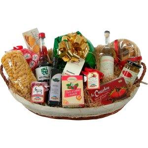 Consegna a domicilio cesto regalo per Natale con panettone pasta vino olio marmellate budini online