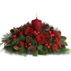 centrotavola Natalizio con candela e rose rosse