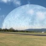 Cómo se vería la Luna si orbitara a la misma distancia que la ISS