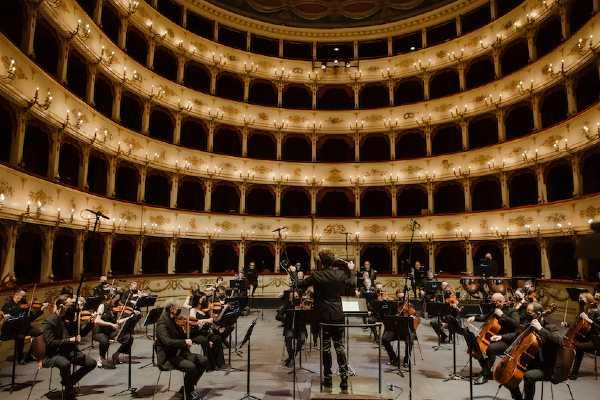 Mozart 40: sabato la FORM sul palco con Milani e Ranieri