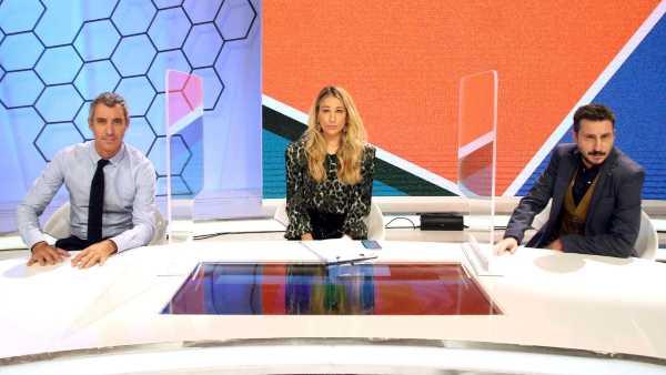 """Oggi in TV: Su Rai2 in campo l'ironia di """"Quelli che il calcio"""" - Tra gli ospiti Enrico Brignano, Silvia Salis e Peter Gomez"""