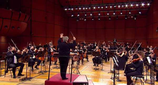 Claus Peter Flor e laVerdi proseguono il viaggio nel sinfonismo di Brahms con la Terza Sinfonia