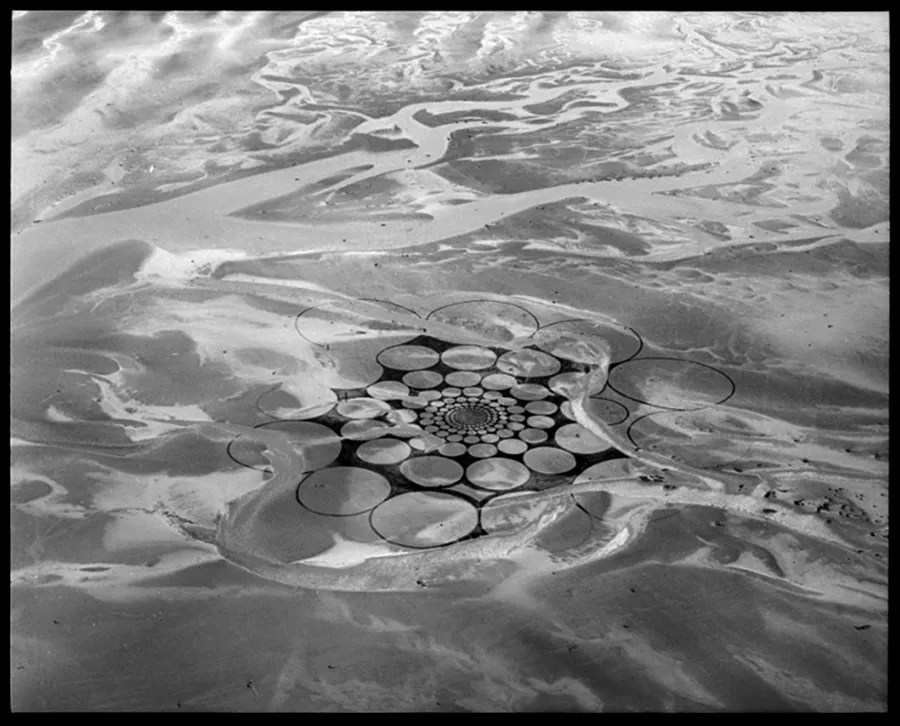 Jim Denevan – The Earth is his Canvas- From The Sand Series 01