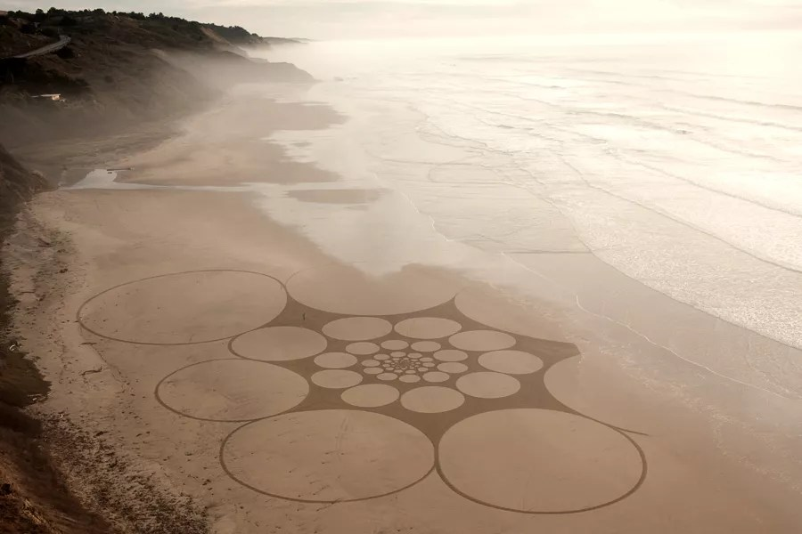 Jim Denevan – The Earth is his Canvas- From The Sand Series 02