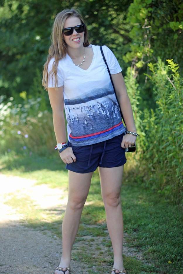 boat-graphic-tee-navy-shorts-3