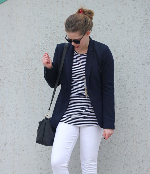 white-jeans-striped-tunic-navy-blazer-3