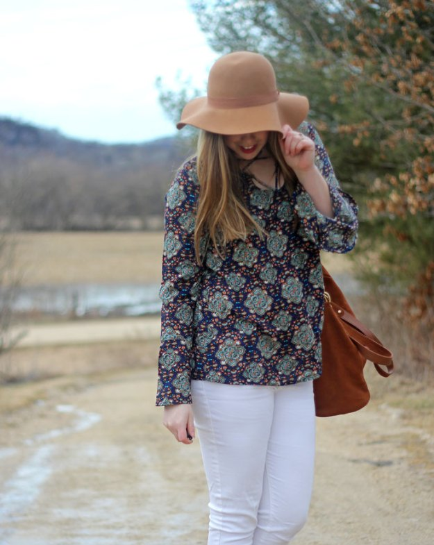 Feeling Boho with Knitted Belle Boutique: paisley tie top with belle sleeves, white jeans, floppy hat, brown booties, brown bag | Puppies & Pretties