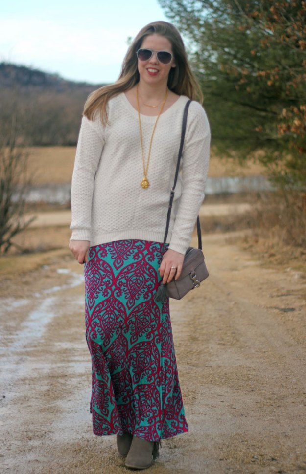 Feeling Boho with Knitted Belle Boutique: white sweater, mint and pink damask maxi skirt, grey booties, gold pendant | Puppies & Pretties