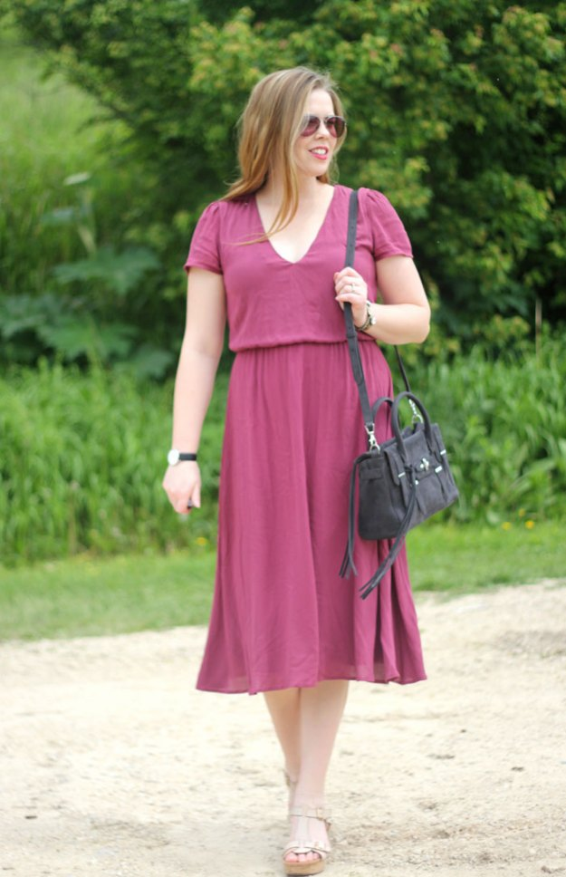 Wayf Midi Dress - the perfect midi dress - if you struggle with midi legnth, give this dress a try! | Puppies & Pretties