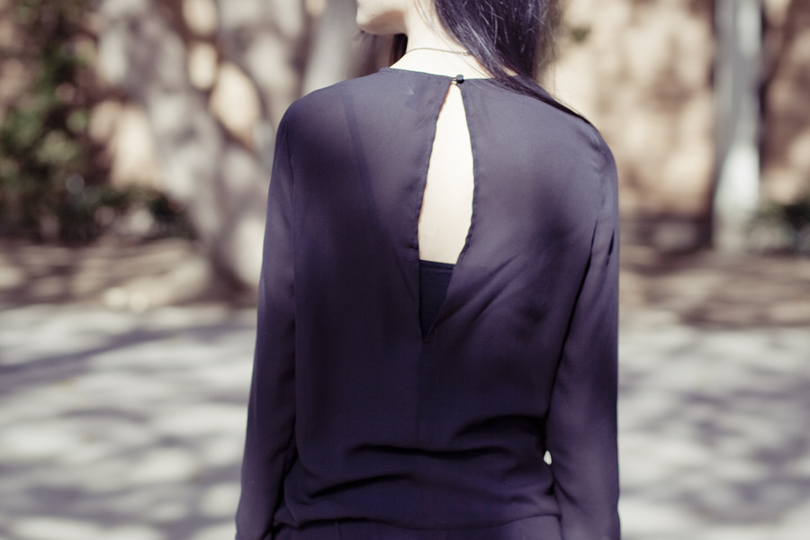 Outfit details: open back detail of my H&M black chiffon dress.