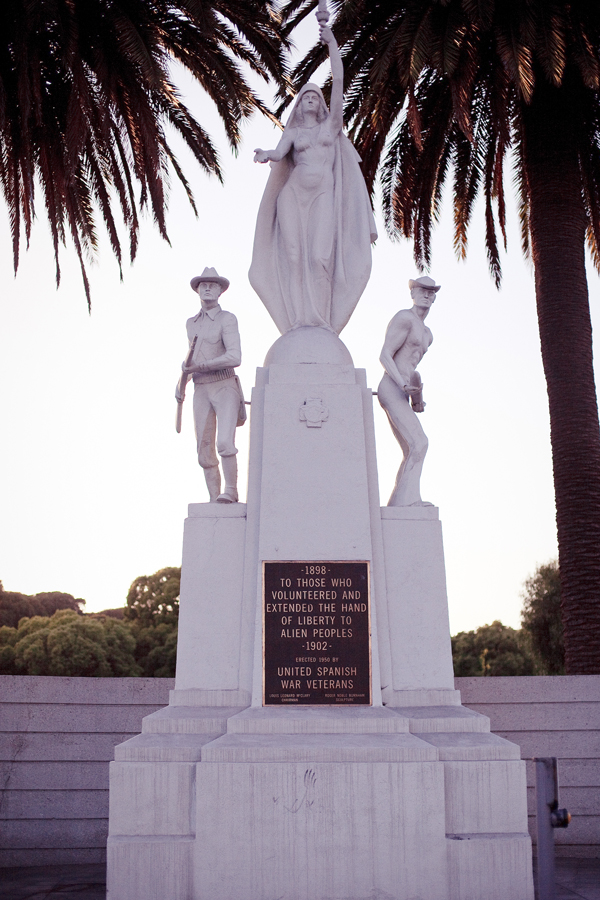 Statue at the Los Angeles National Cemetery.