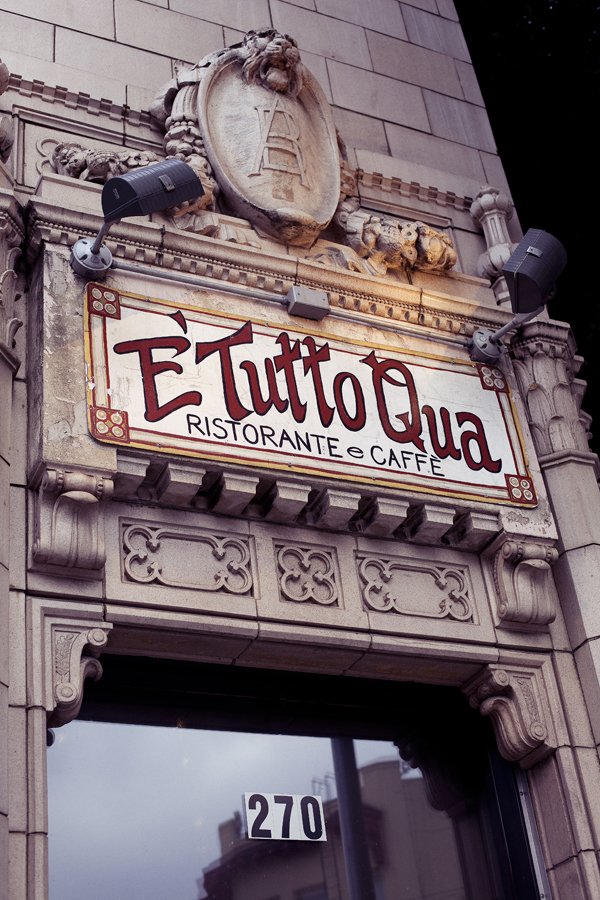 E' Tutto Qua Ristorante e Cafe in San Francisco, California.