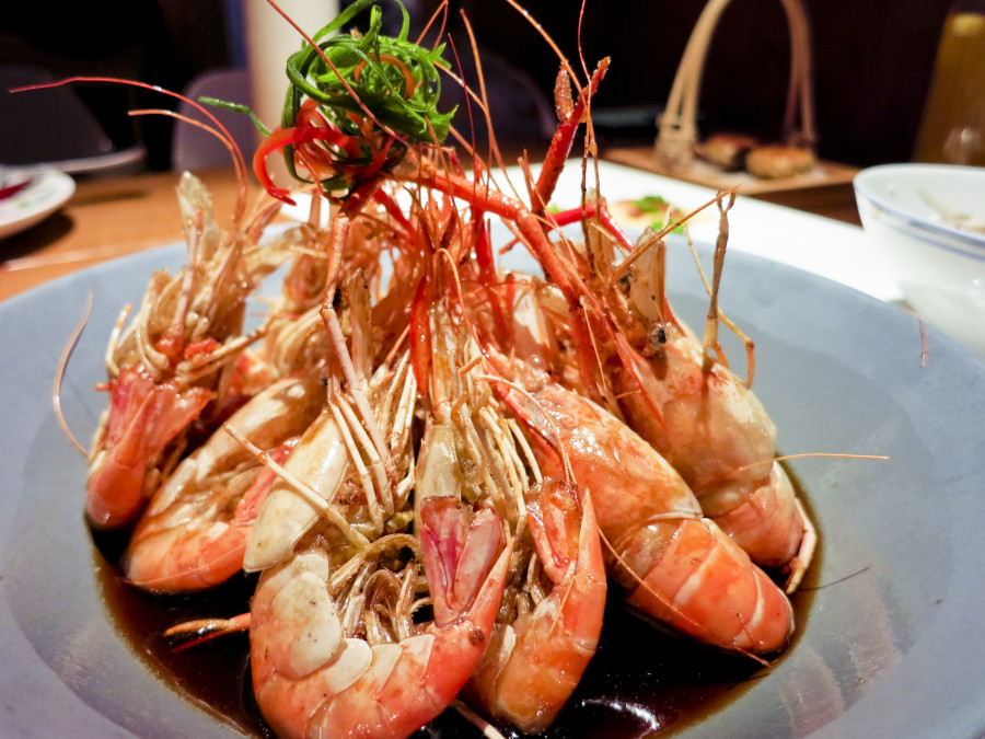 Prawns at at Grandma's Kitchen in Shanghai. 外婆家(南京西路店). Photo from Ade.