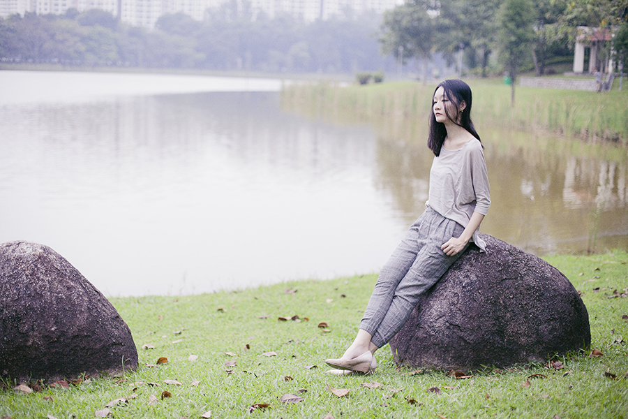 Neutral outfit details: Forever 21 neutral dolman sleeve top, Zara plaid asymmetry wool pants, Cotton On nude wedges. OOTD at a park in Singapore.