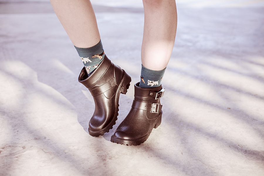 Dog teal socks from Taobao, Dav rain booties.