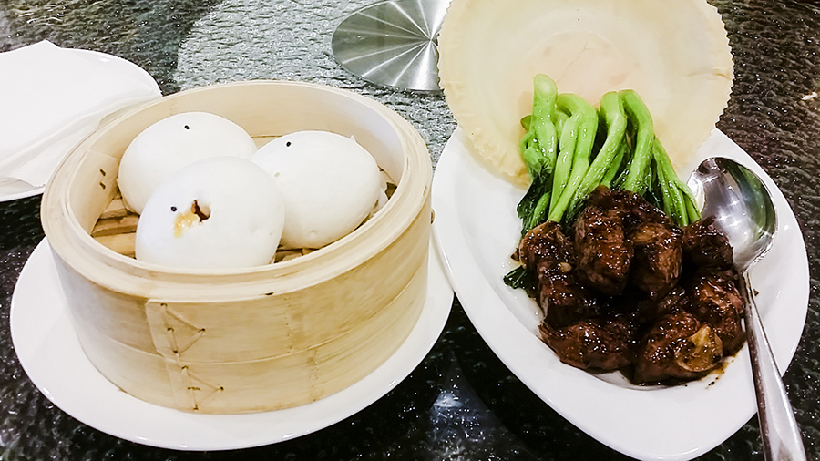 Lava custard bun and beef with vegetables at May Star Cuisine dim sum for lunch at Nagoya Hill Shopping Mall, Batam, Indonesia.