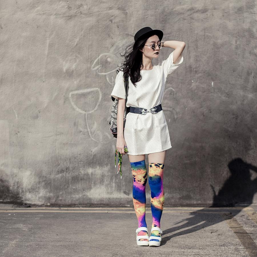fde277c78577f Outfit details: Zalora cream shift dress, Taobao silver round sunglasses,  Accessorize navy blue