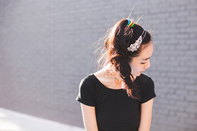 Styling an Irresistible Me Isis Headband.
