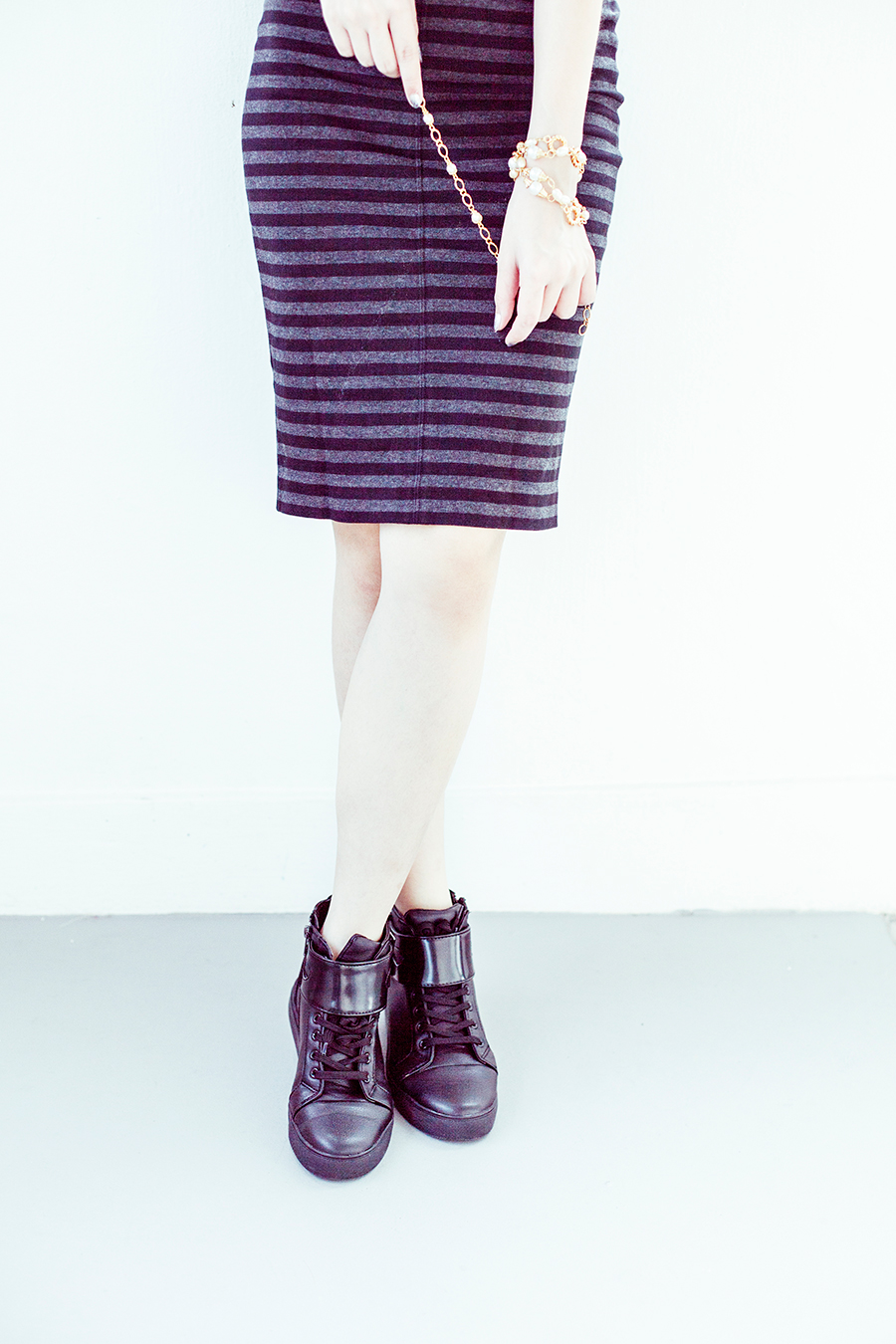 Vedette Shapewear outfit: Uniqlo striped pencil skirt, Zalora PU high top sneakers, vintage gold necklace.
