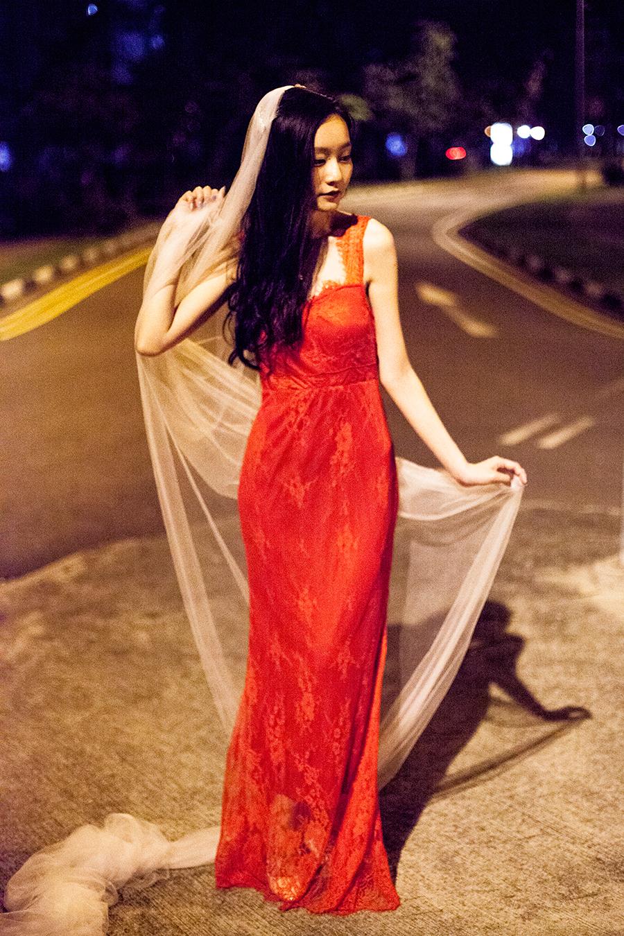 Banggood red lace gown and Banggood white long wedding veil.