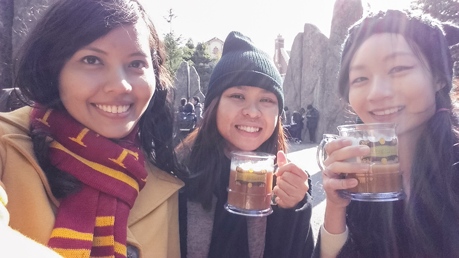 Cheers! Selfie with our Butterbeers at The Wizarding World of Harry Potter at Universal Studios Japan, Osaka.