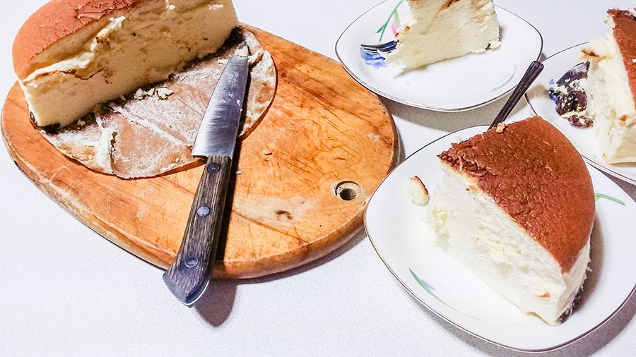Cheesecake from Rikuro Ojisan no Mise (Rikuro's Bakery) in Japan.