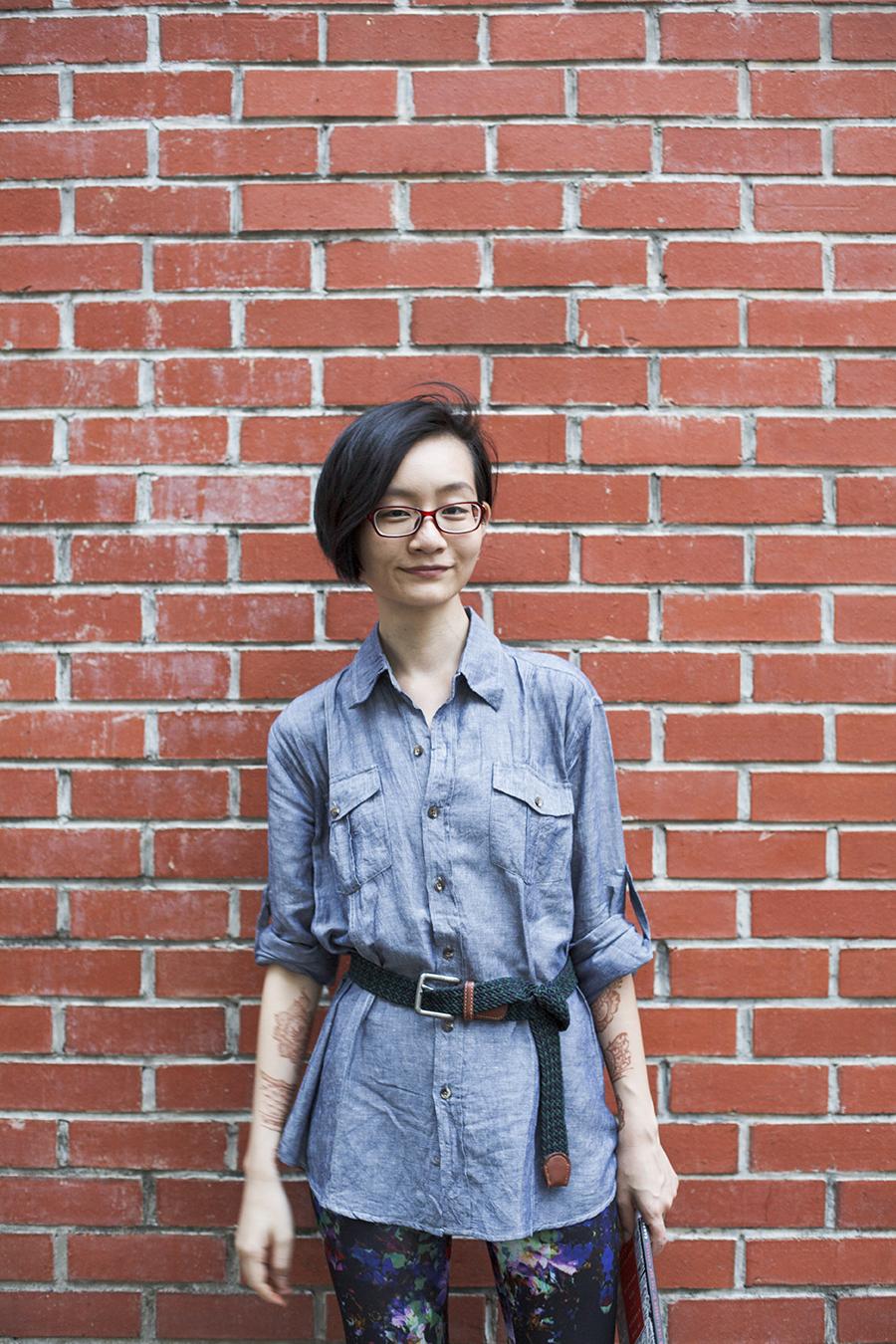 H&M abstract print leggings, linen menswear shirt, Firmoo glasses, braided belt.
