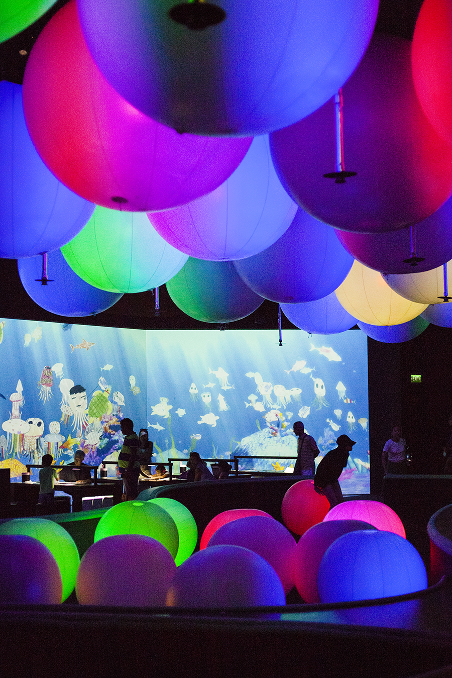 Light Ball Orchestra at the Future World exhibit at the ArtScience Museum, Singapore.
