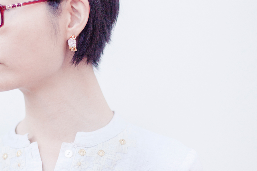 Vintage earrings, Max kurta,