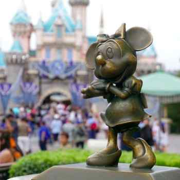 First Visit To Disneyland- Family Travel Tips