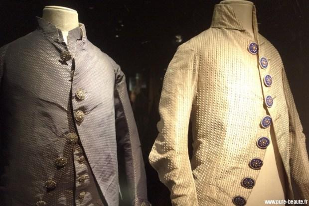 parure de boutons expo déboutonner la mode