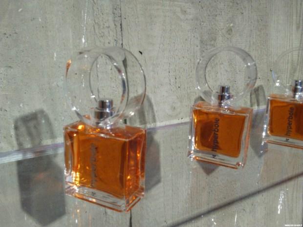 courreges-hyperbole-le-parfum-particulier