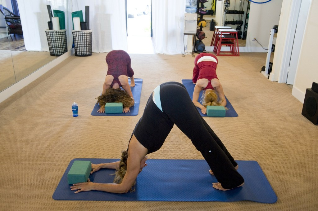 duluth-wedding-and-event-planning-life-balance-yoga-therapeutic-thursday