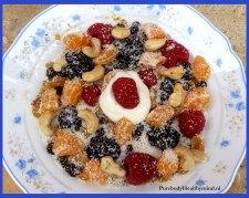 bramen,-framboos-en-yoghurt