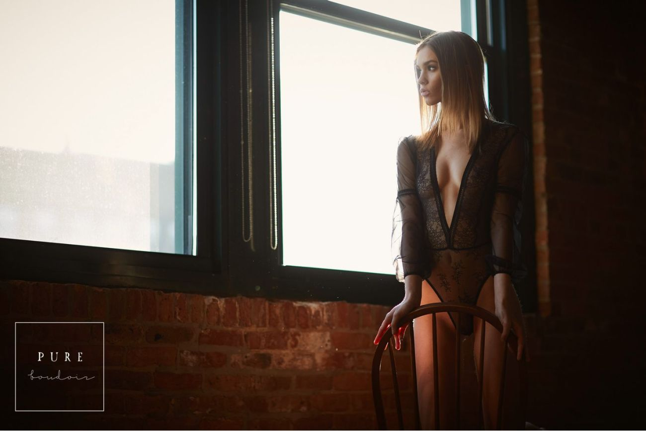 chicago boudoir classy lingerie 1 - Boudoir Photo Session. A Timeless Gift to Yourself .