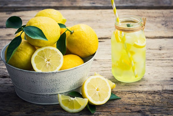 5 Benefits of Drinking Lemon Water in the Morning -
