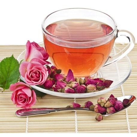 thee van gedroogde rozen