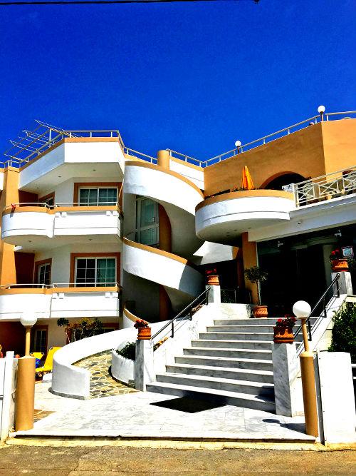 A Greek hotel in Platanias