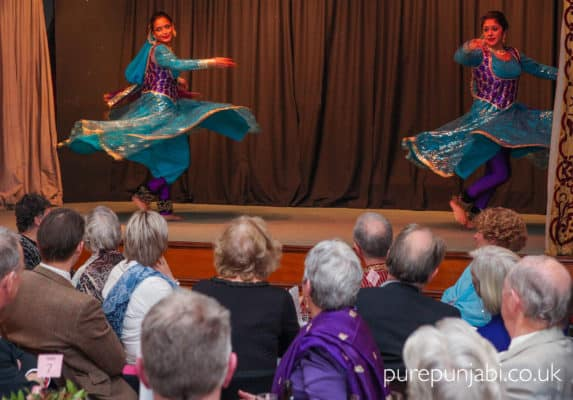 pure-punjabi-pop-up-restaurant-kathak-performance-copy