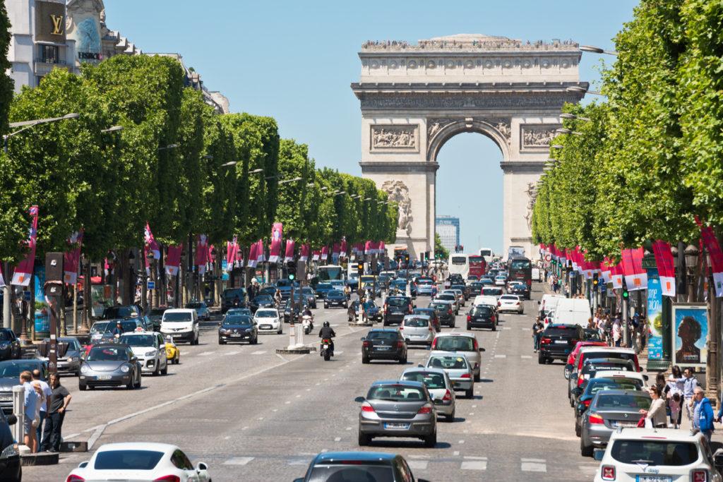 Les Champs-Elysees