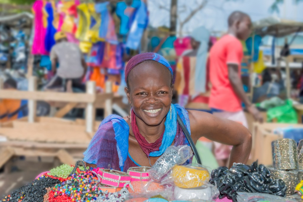 Street seller, Sandaga Market