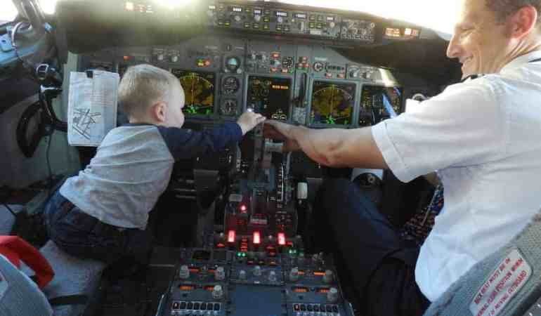 Plane, Train, Bus, Car or RV: What's The Best Way To Travel With Kids?