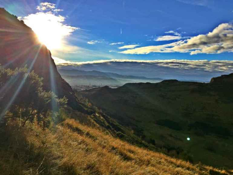 sunshine arthurs seat scotland edinburgh eleen cotter wright