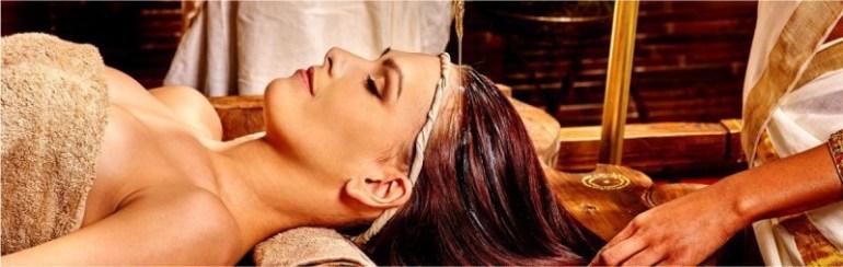 Ayurveda-Treatments Raichak on the Ganges