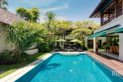 Shinta Dewi Villa - Four Bedrooms Villa in Seminyak